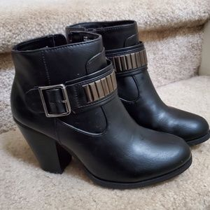 Rampage boots size 7.5